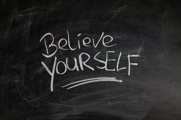 Cree en ti mismo